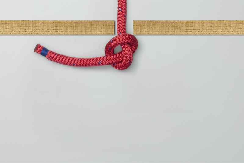 How to Tie an Overhand Knot?