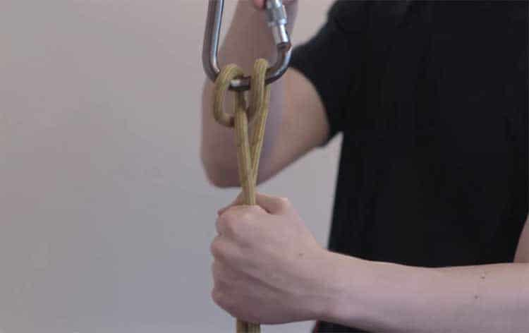 How to Tie an Italian Hitch Knot?